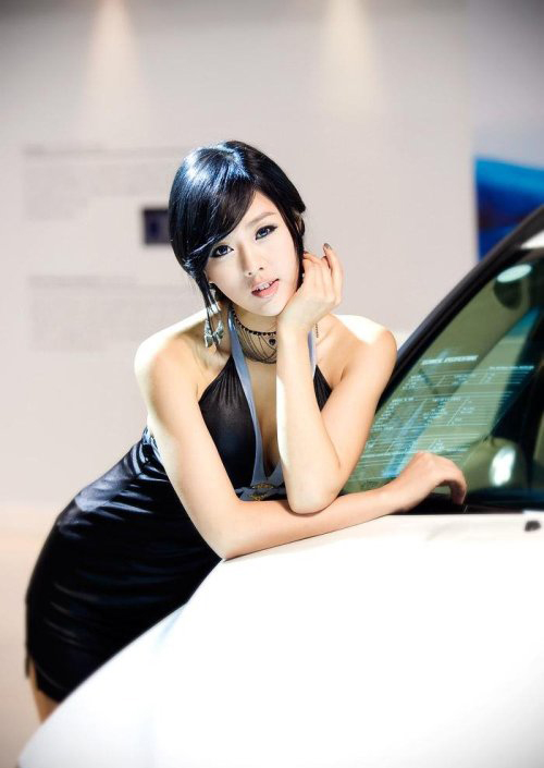 韩国第一车模3.jpg